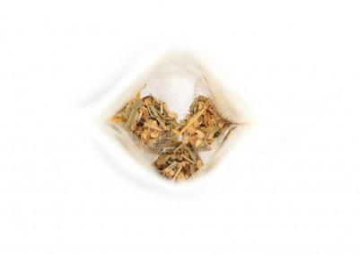 Žolelių arbata su imbieru ir citrina